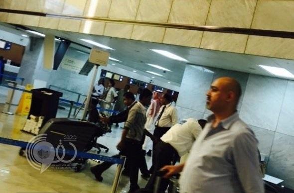 طوارئ بمطار الملك عبدالعزيز في جدة بسبب مياه المجاري