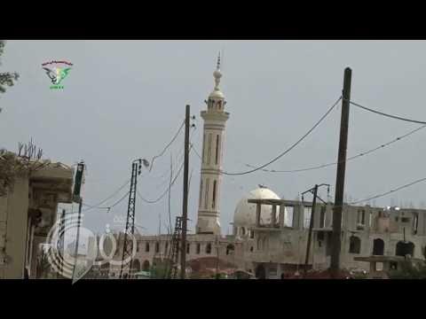 بالفيديو : لحظة إلقاء طائرات نظام بشار البراميل المتفجرة على كفرزيتا بريف حماة