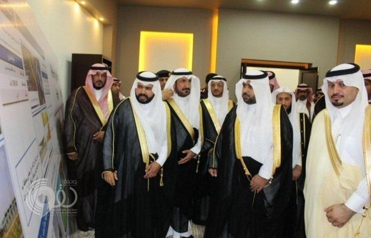 بالصور : نائب أمير جازان يتفقد محافظة أحد المسارحة.. ويعزي أسرة الشهيدين«عقيلي» و «حكمي»