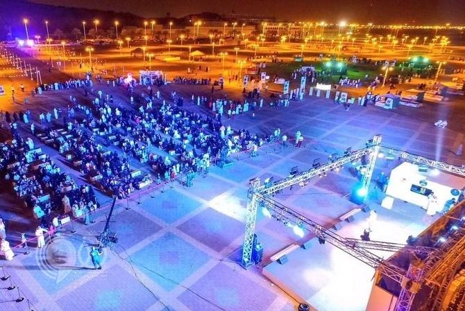 جازان.. فعاليات العيد تتواصل وتجتذب الأهالي بالمواقع السياحية والترفيهية