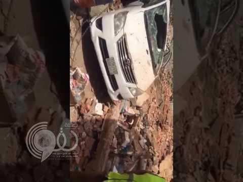 """""""شاهد"""" مخلفات العملية الأمنية بحي أجياد اليوم ! – فيديو"""