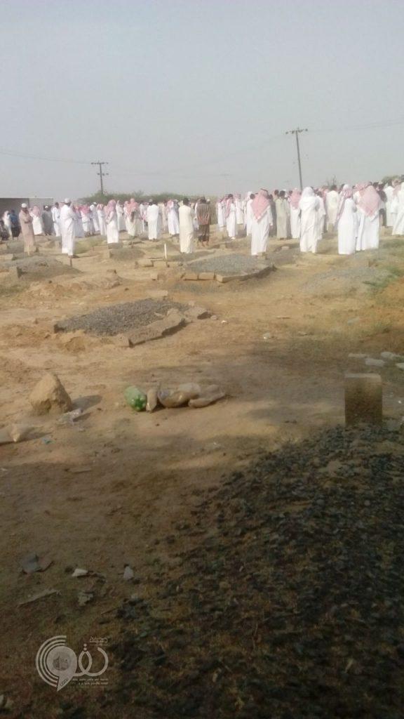 """أهالي قرى المطعن وغريف الحضن ينعون الشيخ """"صالح بحري"""""""