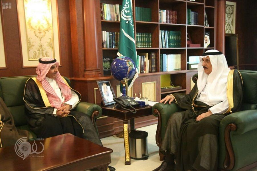 سمو أمير جازان يلتقي نائب وزير التعليم ويبحث معه مشروعات وخطط الوزارة