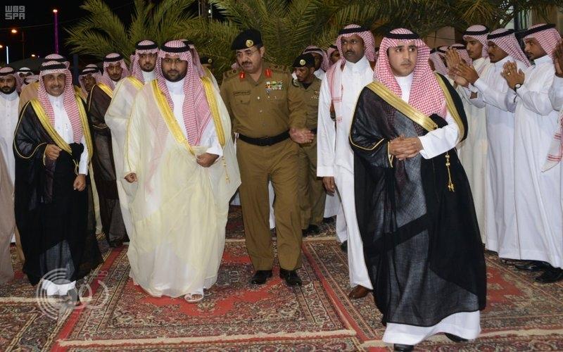 بالصور : نائب أمير جازان يشرف حفل أهالي فرسان ويؤكد: مشروع مطار المحافظة قادم