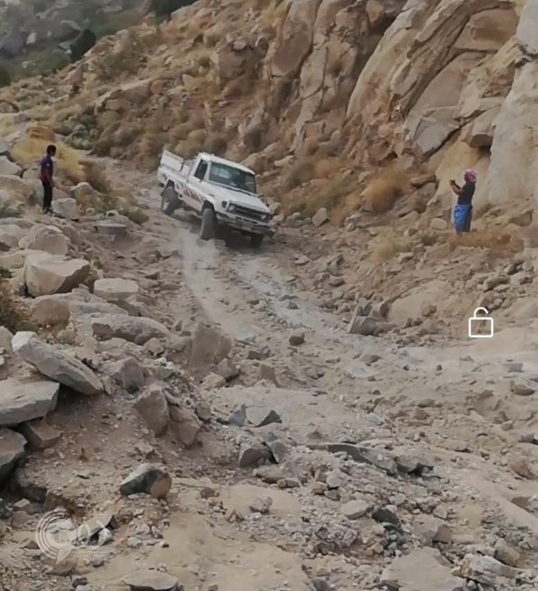 """سكان """"جذم العارضة"""": نعيش مأساة العزلة ووعورة الطرق منذ سنوات دون حلول!"""