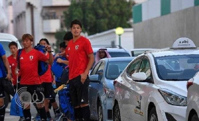 هكذا علق لاعبو منتخب اليابان على انتقالهم إلى ملعب التدريب في سيارات أجرة بجدة