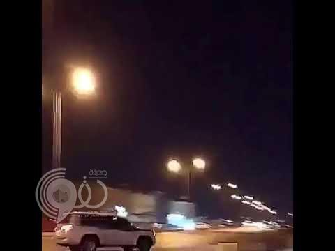 بالفيديو.. شاهد تفحيط بسيارة لاندكروزر ينتهي بحادث مؤلم