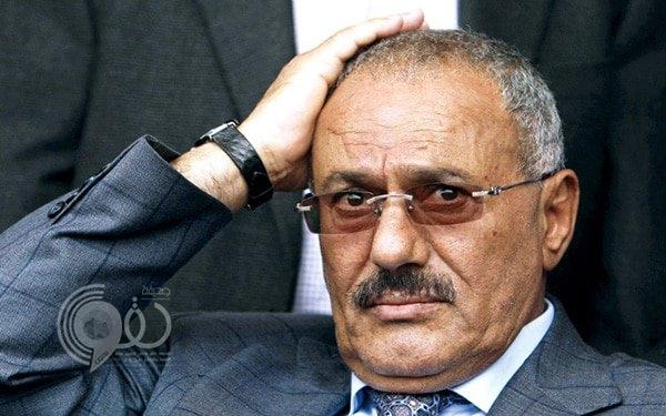 انفجارات بمقر حزب المخلوع صالح والانقلابيون يهاجمون منزله