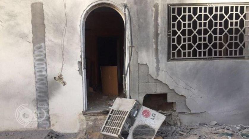 إصابة امرأة وطفل إثر سقوط مقذوفات حوثية على عددٍ من المنازل بجازان