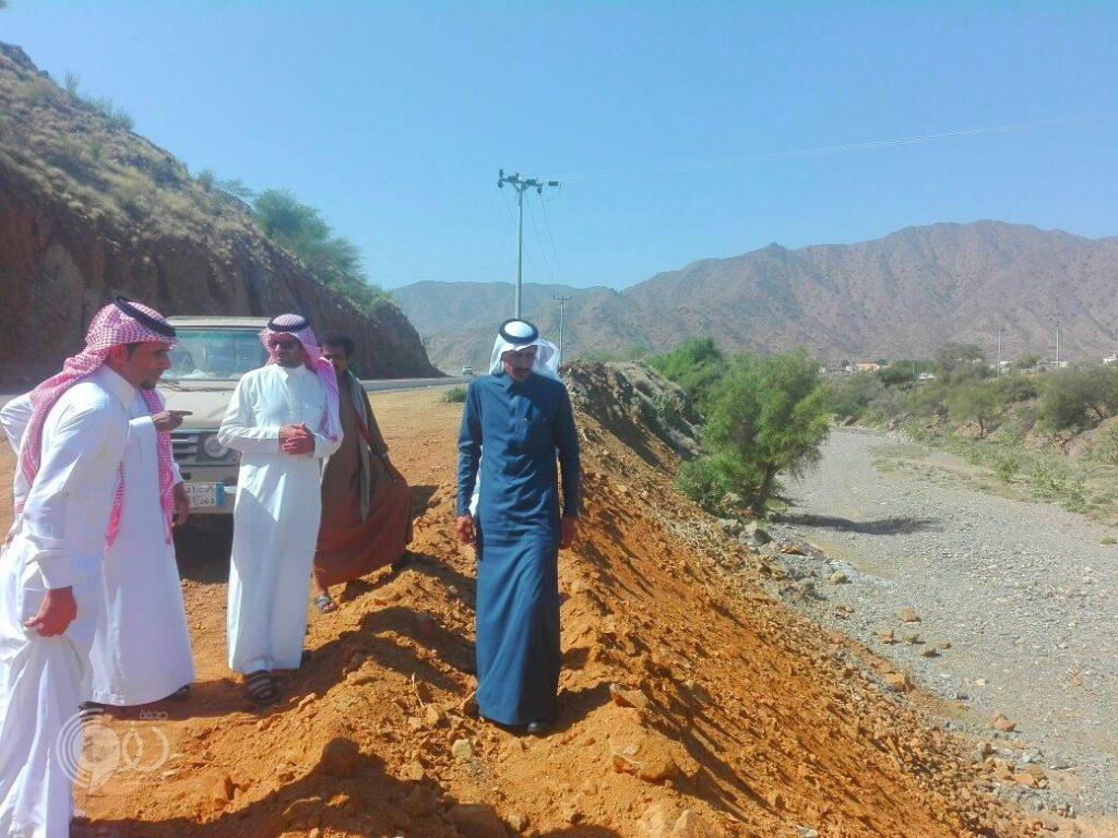 بلدية الريث تبدا في تنفيذ عدة مشاريع في مركز مقزع
