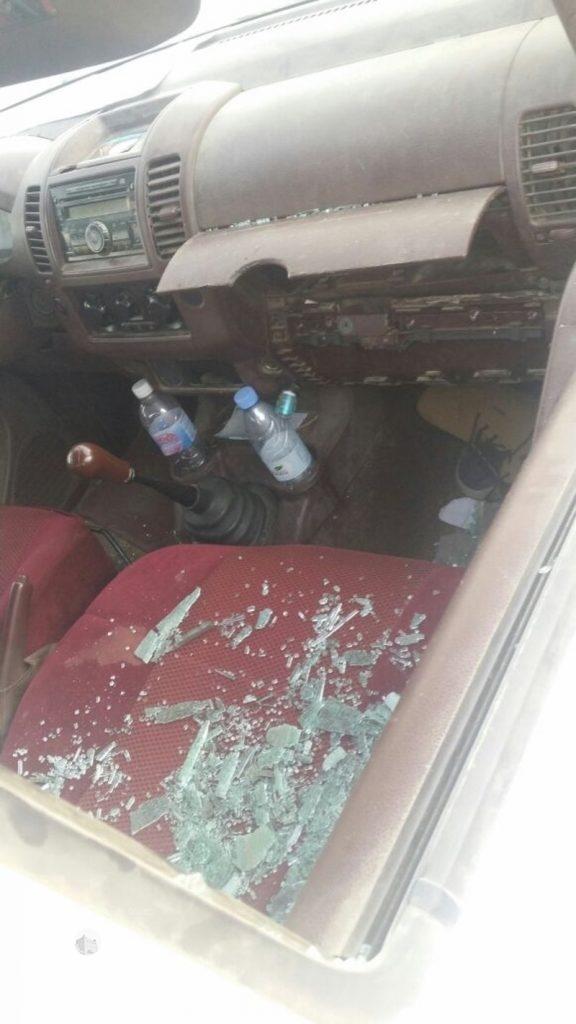 شرطة جازان تلقي القبض علي سارقي محتويات سيارات مواقف جامعة جازان.. صور