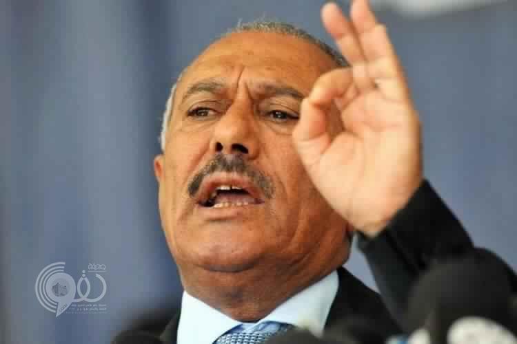 صالح لم يُدفن بعد.. قناة العالم تفضح الحوثيين بصورة جديدة لجثة صالح!