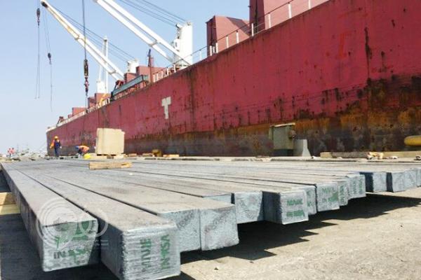 """بالصور.. """"جازان للصناعات الأساسية والتحويلية"""" تبدأ التصدير خارج السعودية"""