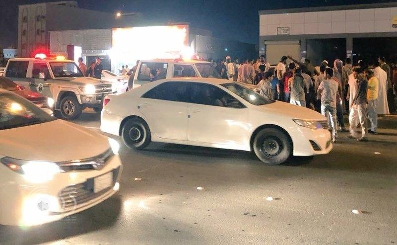 """وفاة إحدى مصابات حادث دهس """"صبيا"""".. ومواطنون: فرقة إسعاف واحدة لدينا"""