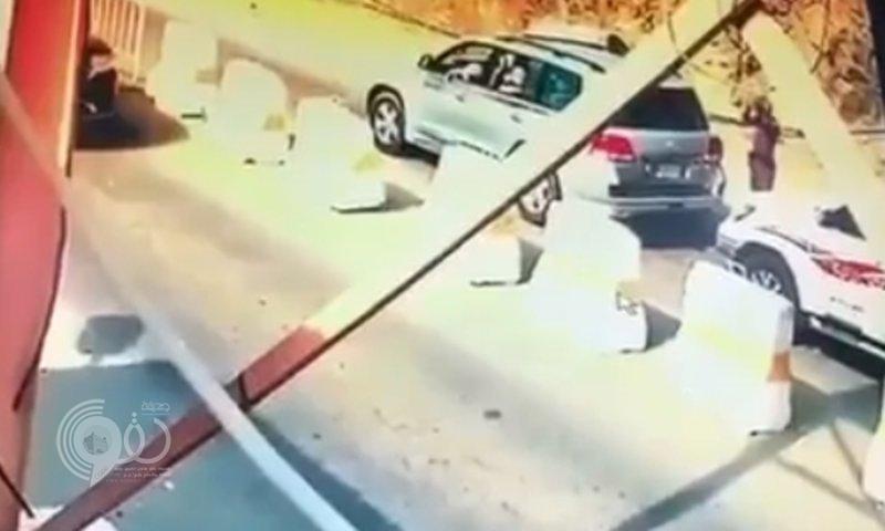 سبب فرار قائد مركبة من إحدى نقاط التفتيش في جبال جازان وماذا وٌجد بحوزته !!