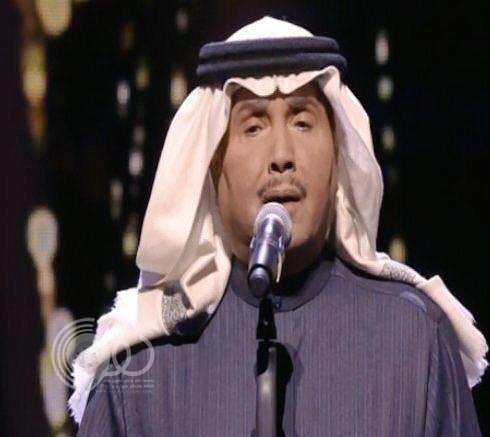 بالفيديو.. محمد عبده يوجه إهداء في حفلة الكويت لحبيبته.. من هي؟