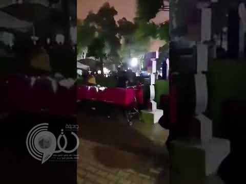 شاهد لحظة سقوط لوحة وإصابة 12 زائرًا لمهرجان هيئة الترفيه.. فيديو