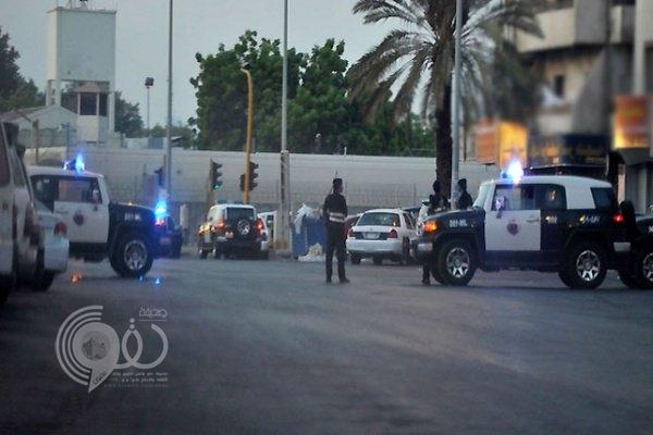 """فرق أمنية وأدلة جنائية تصل لموقع الاعتداء على """"ساهر"""" بالعارضة"""