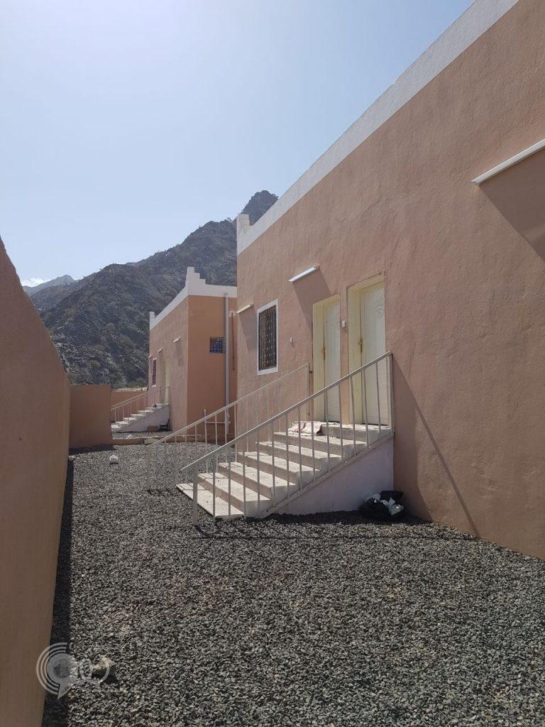 """شاهد جمعية البر في """"عمود"""" بمحافظة الريث تُسلم وحدات سكنية لعدد من مستفيديها"""