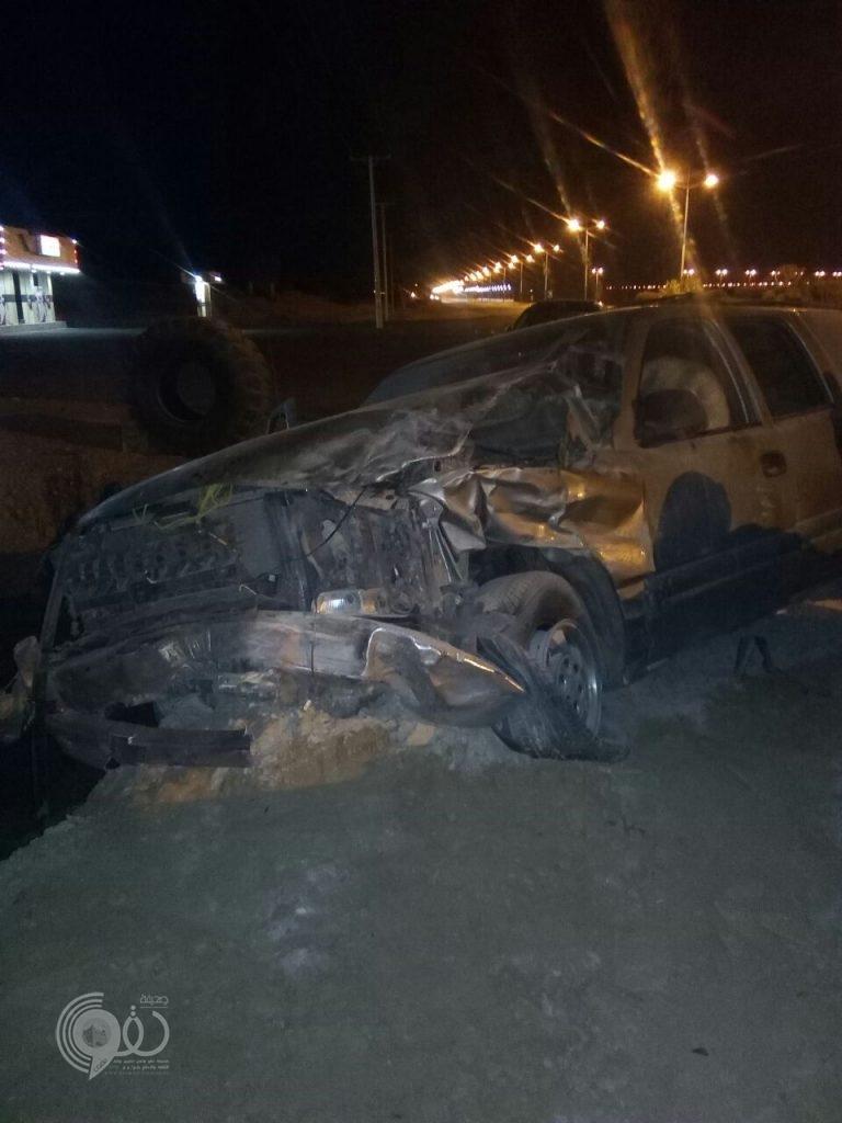 """شاهد بالصور حادث مروري مروع على الطريق السريع """"الحقو – الريث"""""""