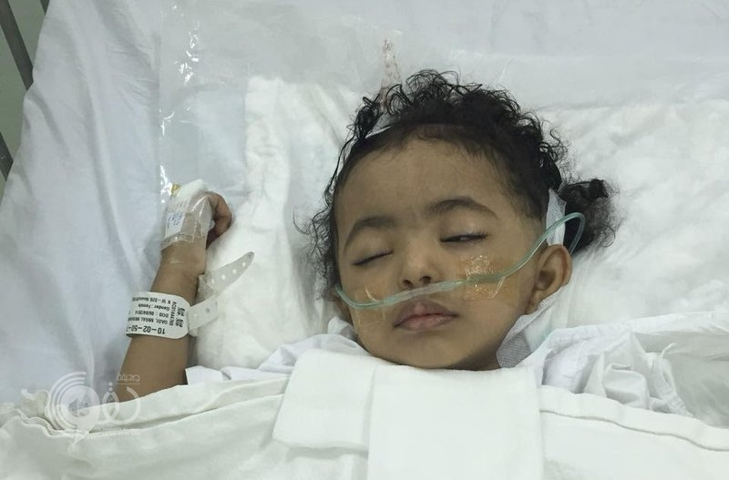"""جازان.. والد """"ميرال"""" طفلة العامين تعاني فقدان السمع يناشد بعلاجها"""