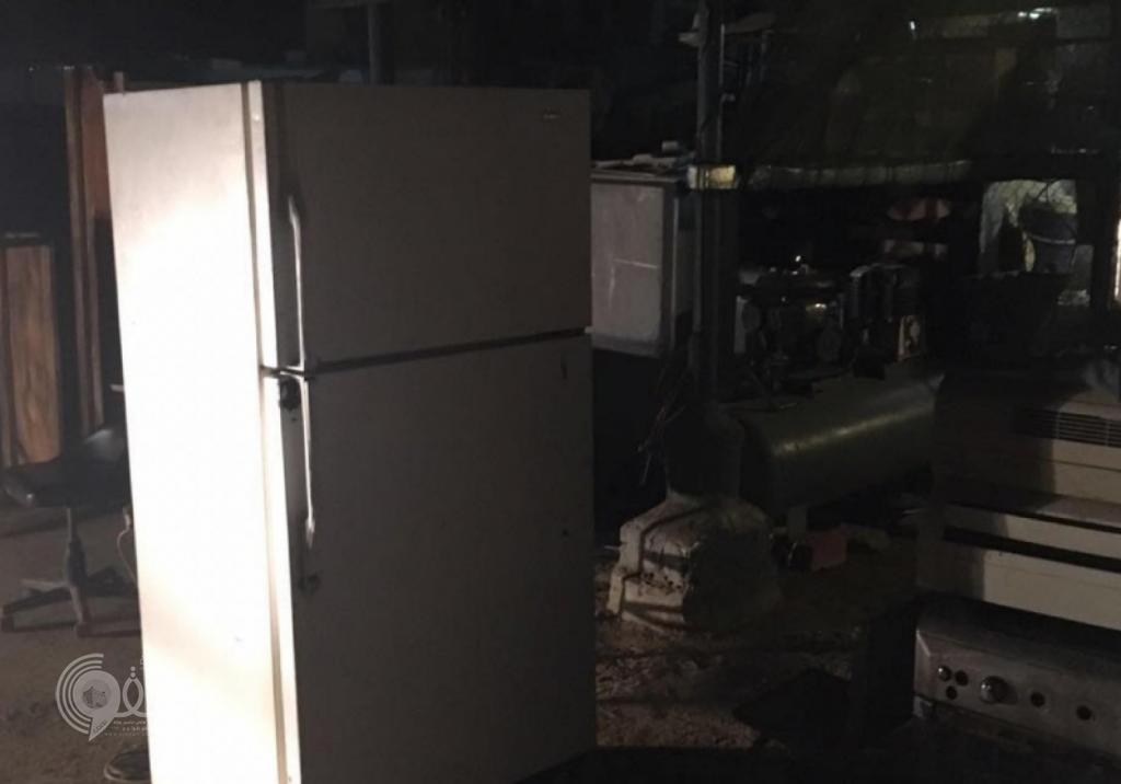 """شرطة جازان تضبط مخزن خردوات وأجهزة كهربائية مسروقة بمحافظة """"بيش"""".. صور"""