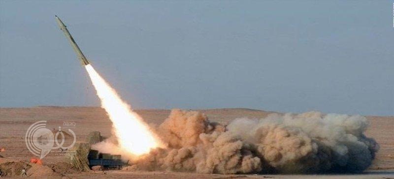 """""""الدفاع الجوي"""" ترصد صاروخين أطلقا باتجاه خميس مشيط ..دمرت أحدهما وفشل الآخر"""