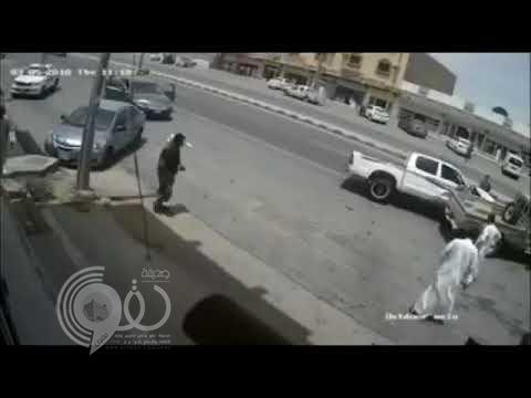 نجاة شاب من موت محقق بالطائف.. وفيديو يوثق الواقعة المثيرة