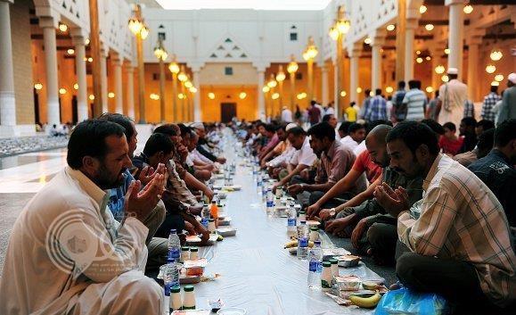 """""""الشؤون الإسلامية"""" بجازان تضع شرطاً للسماح بتنفيذ مشاريع إفطار صائم خلال رمضان"""