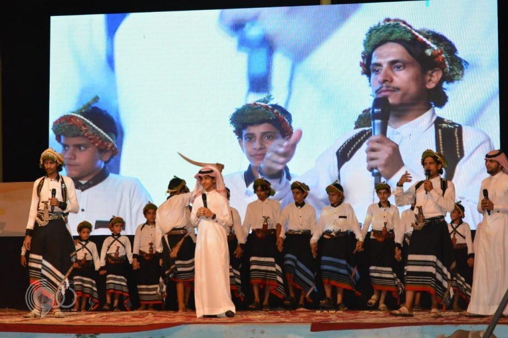 شاهد بالصور محافظة الريث تحتفل بعيد الفطر المبارك بحضور مميز وفقرات متنوعه