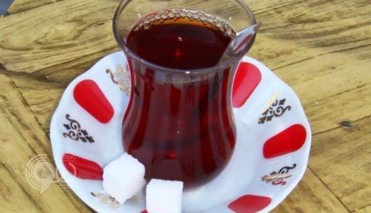 احترس.. دراسة أمريكية: هذا المرض ناتج عن إضافة السكر للقهوة والشاي