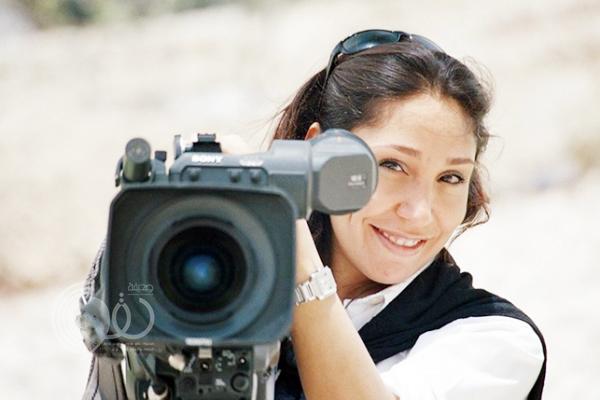 """أول مخرجة سينما سعودية تردّ على """"بهارات"""" صحيفة إسرائيلية"""