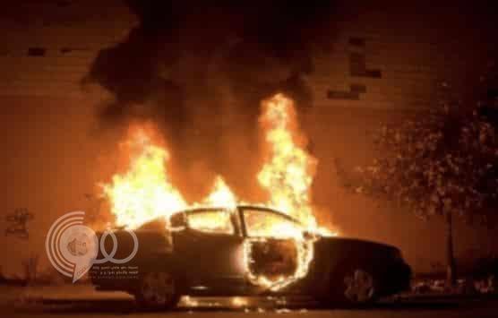 بالفيديو : شباب الحارة يحرقون سيارة امرأة سعودية في مكة!