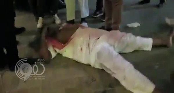 كشف ملابسات حادثة طعن شاب سعودي في المنامة .. وأول تعليق لسفير المملكة بالبحرين – فيديو