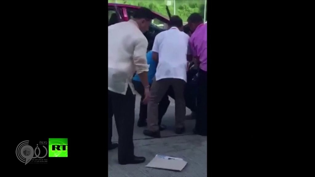 شاهد.. لحظة اغتيال محافظ في الفلبين في حفل رسمي أمام الناس