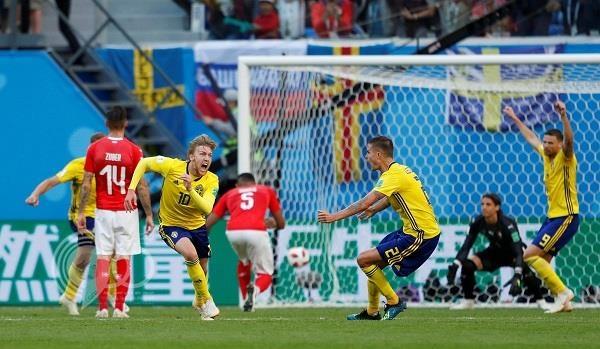 بالفيديو: السويد تهزم سويسرا و تصعد لربع نهائي المونديال