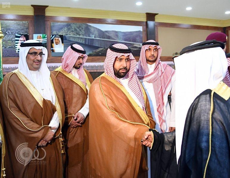 نائب أمير منطقة جازان يلتقي مشايخ وأهالي بيش.. صور
