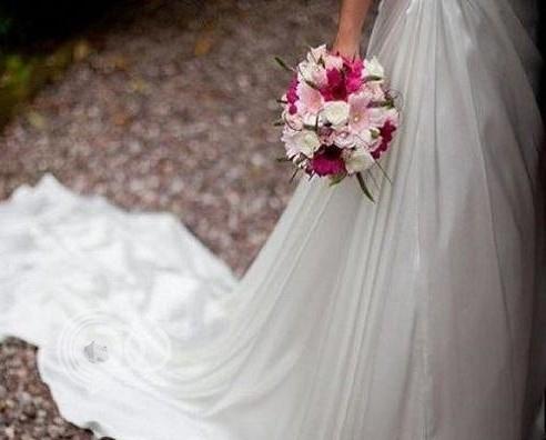 سبب غريب يدفع عروس تونسية للهروب ليلة زفافها!