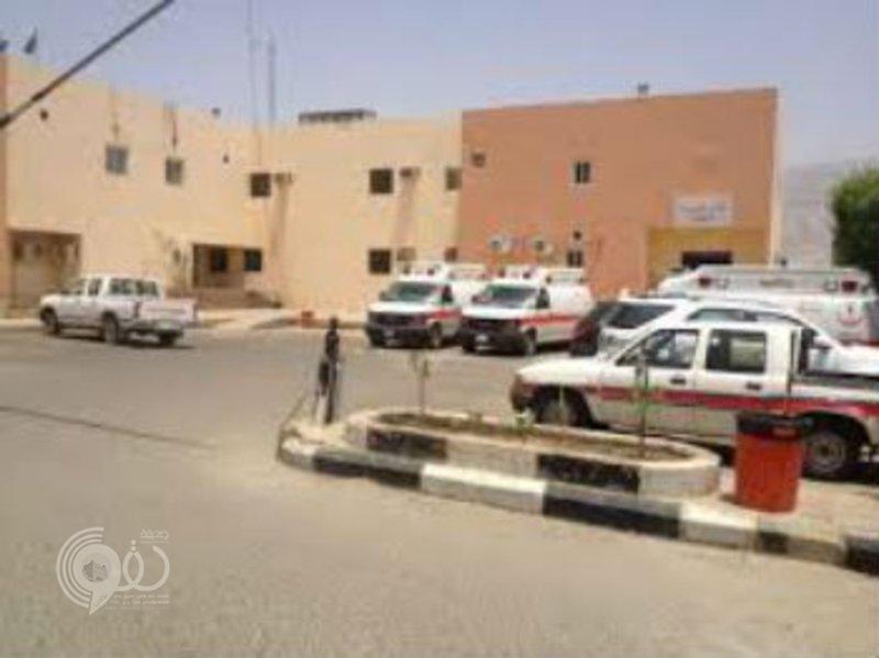 أزمة رواتب مشغّلي مستشفى العارضة على مكتب نائب الأمير