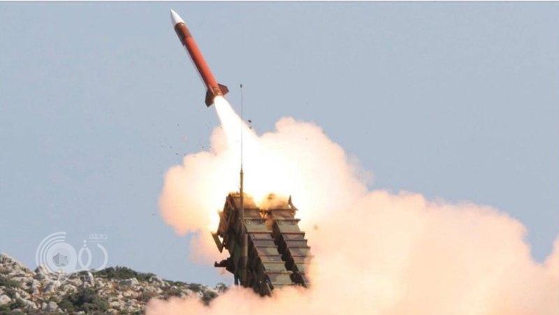 الدفاع الجوي يعترض صاروخًا أطلقته المليشيا الحوثية باتجاه السعودية