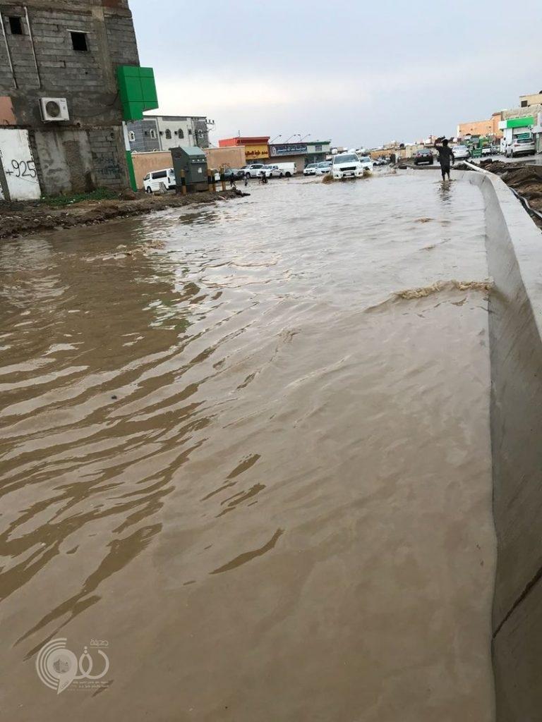 أمانة جازان تدافع عن بلدية المسارحة وتوضح تفاصيل تجمع الأمطار