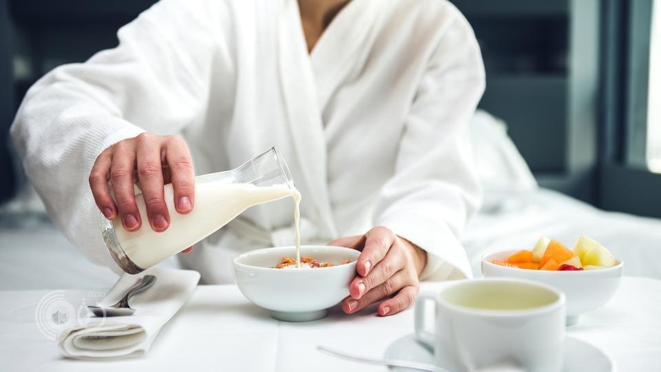 شرب الحليب صباحاً مفيد لمرضى السكري والسمنة