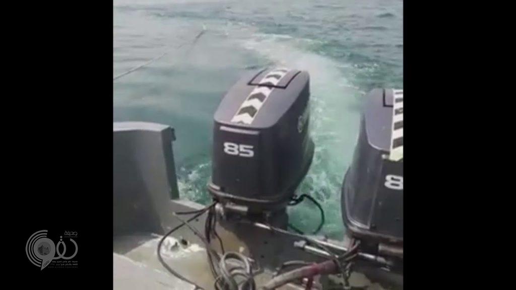 شاهد.. لحظة تفجير 6 ألغام بحرية زرعها الحوثيون في البحر الأحمر