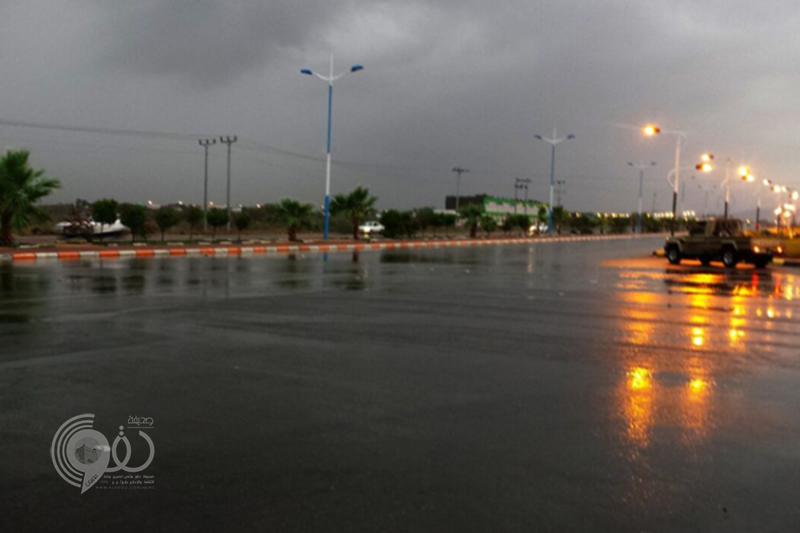 بسبب شدة هطول الأمطار.. مساجد جازان تجمع المغرب والعشاء