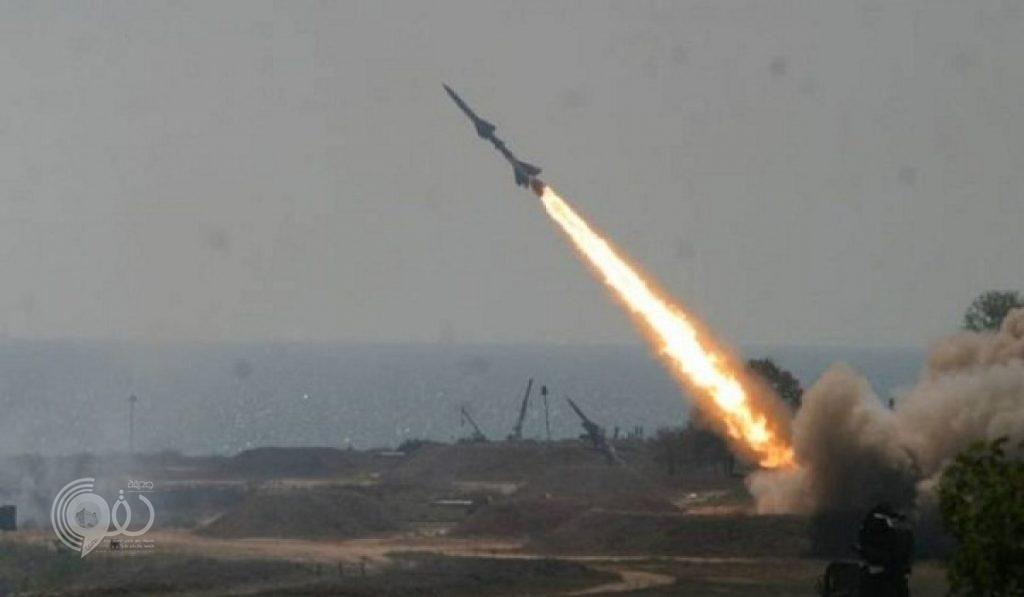 عاجل.. الدفاع الجوي يعترض صاروخاً باليستياً في سماء جازان