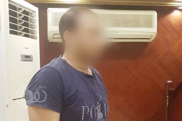 ضبط وافد مصري تناول الإفطار برفقة موظفة في منشأة بجدة