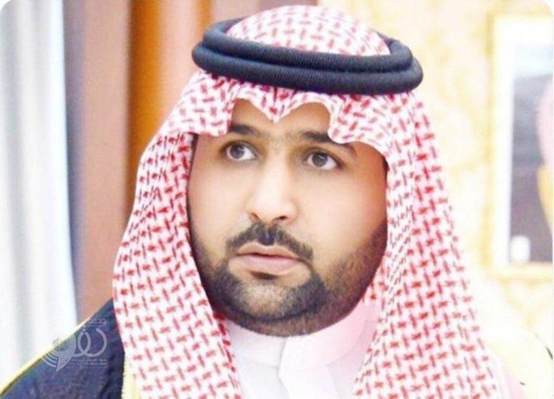 نائب أمير جازان يقدم واجب العزاء لذوي مدير كهرباء فرسان