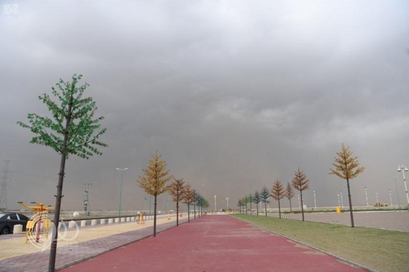 مدني جازان يحذر مجدداً..  لا تقربوا بطون الأودية ومجاري السيول