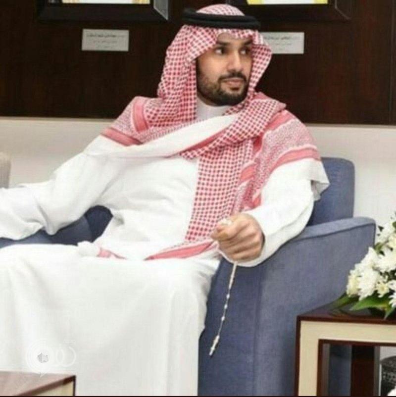 """بعد 24 ساعة على فضيحة """"تويتر"""".. استمرار عنصرية استهداف الحسابات بإيقاف """"أمير سعودي"""""""