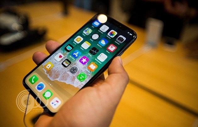 أبل تُجبر مستخدميها على شراء أحدث هواتف أيفون